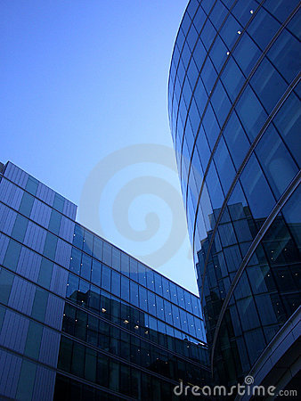 Лондон 111