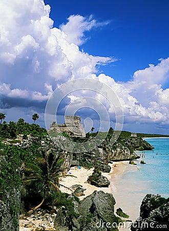 майяское tulum руин
