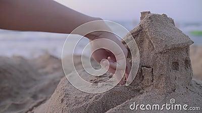 Модель дома песка видеоматериал