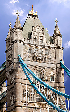 наведите башню london