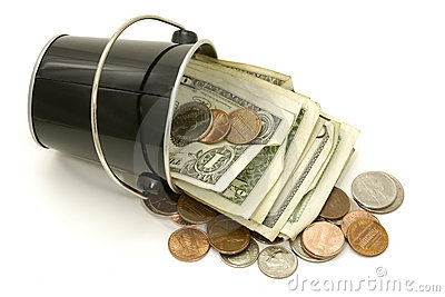 наличные деньги ведра