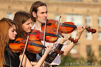 напольные скрипачи трио игр