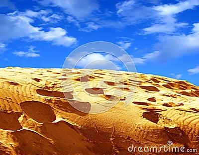 небо песка
