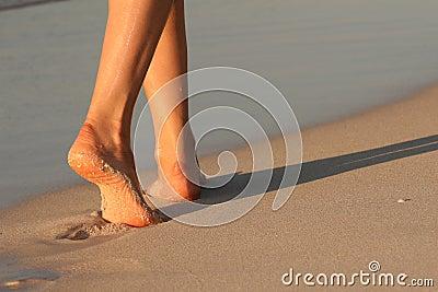 ноги пляжа