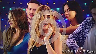 Видео ночных клубов для женщин канал ночные клубы