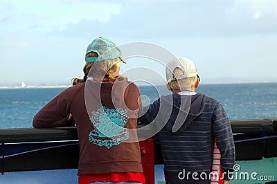 обозревать океана детей