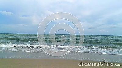 Одинокий песчаный пляж, Таиланд акции видеоматериалы