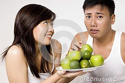опять яблоки не
