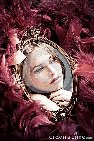отражение красотки