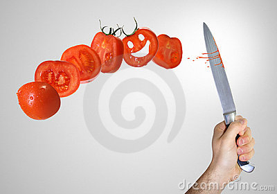 отрежьте томат