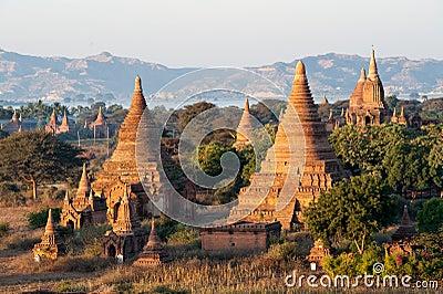 Пагоды Bagan