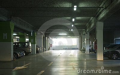 парковать ОН нелегально