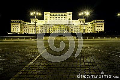 парламент дворца
