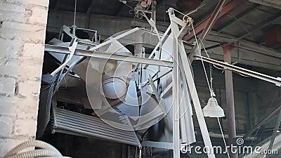 Повреждение взрыва на фабрике 3 видеоматериал
