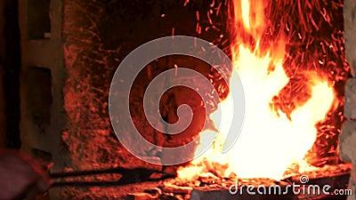 Пожар в печи видеоматериал