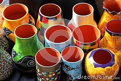 Покрашенные вазы