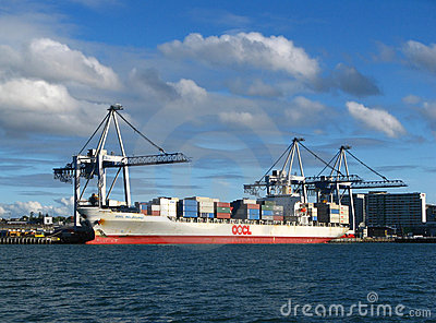 портовый район порта города auckland Редакционное Фотография