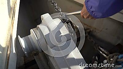 Привязочная цепь с лебедкой акции видеоматериалы