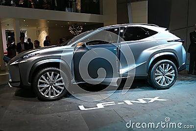 Принципиальная схема SUV Lexus LF-NX Редакционное Стоковое Фото
