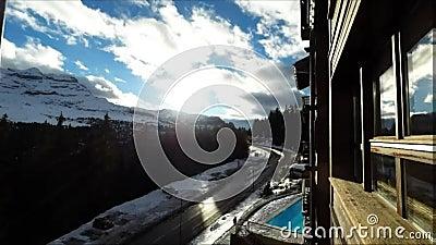 Промежуток времени лыжного курорта Flaine в французских Альпах, акции видеоматериалы