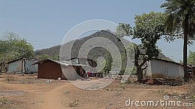 Плохие индийские дома в деревне ashurbanipal видеоматериал