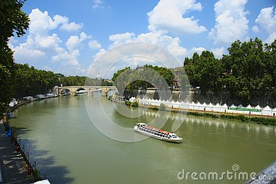 река tiber