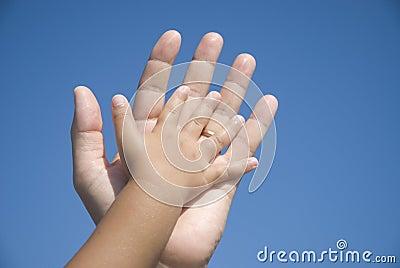 руки семьи