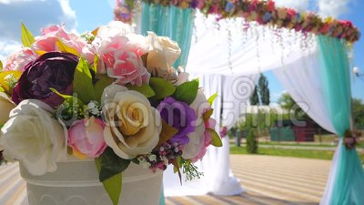 Свадебная арка для свадебной церемонии Прекрасный свадебный декор акции видеоматериалы