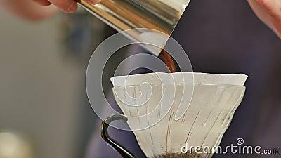 Свежеобжаренные кофейные бобы в фильтр акции видеоматериалы