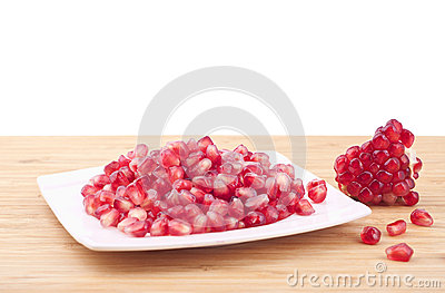 свежий pomegranate