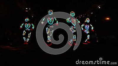 Светлая группа выставки