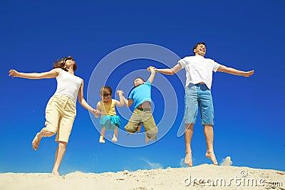 семья радостная