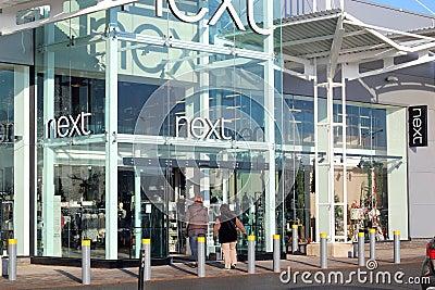 Следующий магазин одежды. Редакционное Стоковое Изображение