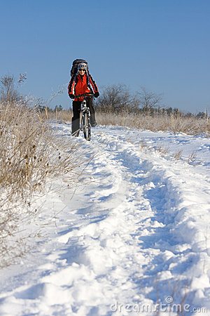 снежок велосипедиста сь