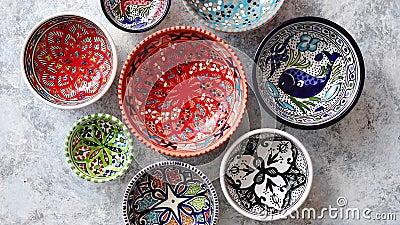 Собрание пустых морокканских красочных декоративных керамических шаров видеоматериал