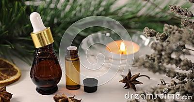 Спа и здоровье - органические эфирные масла с ароматичными заводами и свечой сток-видео