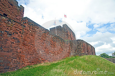 стены замока