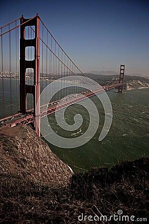 строб моста золотистый