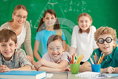 Счастливые учащийся