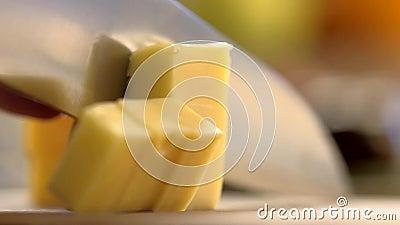 Сыр вырезывания сток-видео