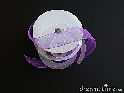 тесемка пурпура черноты i предпосылки
