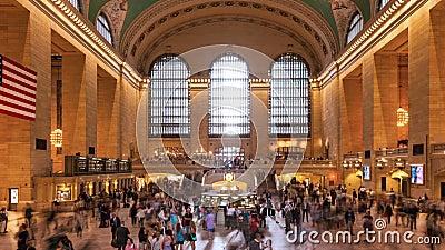 Толпа Timelapse в грандиозной центральной станции в Манхаттане Нью-Йорке США