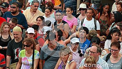 туристы толпы Редакционное Стоковое Изображение