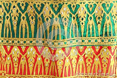 Украшение ткани