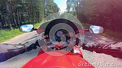 Управлять съемки мотоцикла от положения всадника видеоматериал