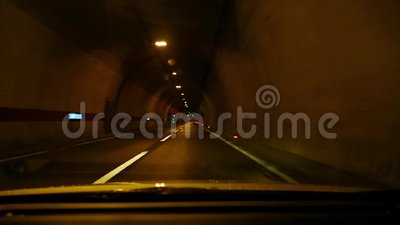 управлять тоннелем акции видеоматериалы