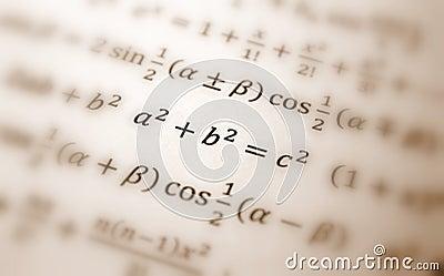 уровнение pythagoras