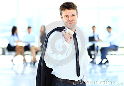 Усмехаясь бизнесмен
