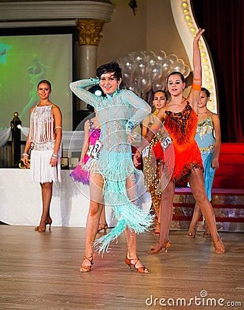 Художнический танец награждает 2012-2013 Редакционное Изображение
