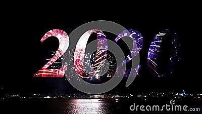 ? ? ? ? ? ? ? ? ? ? ?, ? 2020 Fogos de artifício espumantes no céu noturno, concerto de celebração, feriados 2020 filme